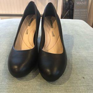 Clark's black heels Adriel